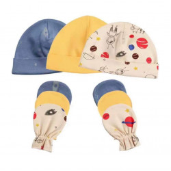 Colorland = (4) Baby Hat & Gloves 3 Pieces In One Pack