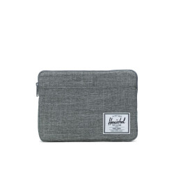 Herschel Anchor Sleeve Color: Raven Crhtch