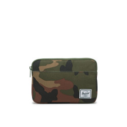 Herschel Anchor Sleeve Color: Woodland Camo