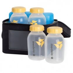 Medela Breastmilk Cooler Set with 4 Breast Milk Bottles