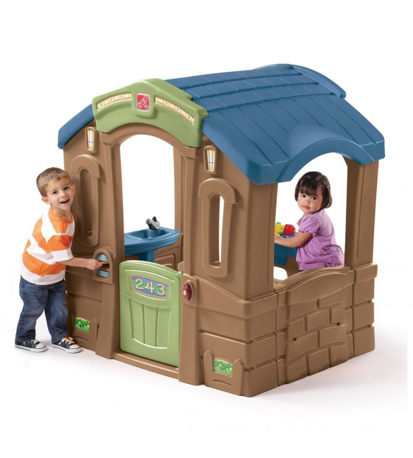 Step 2 Play Up Picnic Cottage
